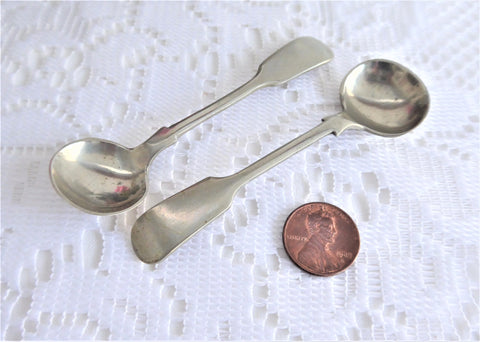 Pair Silver Master Open Salt Spoon Fiddle Pattern Silverplate Victorian 1890s London