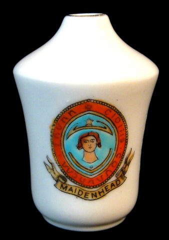Shelley Crested Roman Urn Maidenhead Crest Late Foley 1910s Miniature