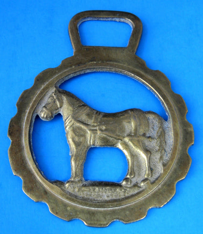 Horse Brass Standing Horse In Harness Vintage Sussex Edwardian 1910-1920s