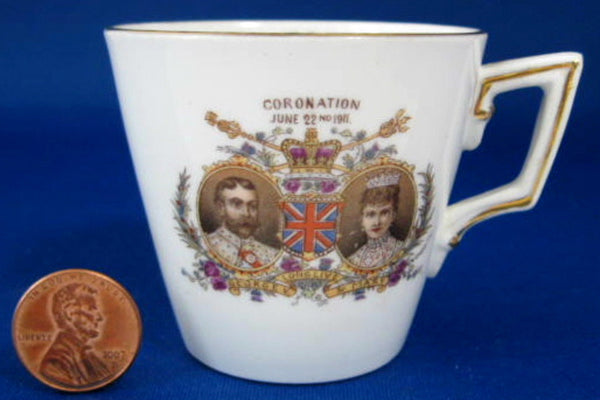 Miniature Coronation Mug Shelley 1911 King George V Color Portraits