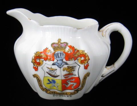 Shelley Crested China Dainty Creamer Souvenir Douglas Isle Of Man 1912-1925