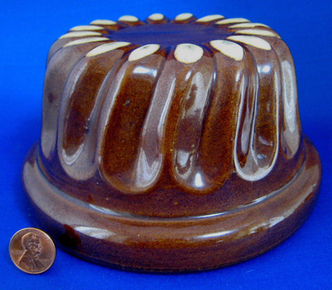 Vintage Pudding Mold Brown Treacle Glaze Ceramic Swirl 1920s England Dessert Baking