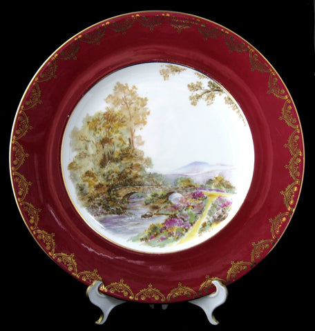 Shelley Heather Dinner Plate Gainsborough Maroon Henley 10.75 Inch Gold Overlay