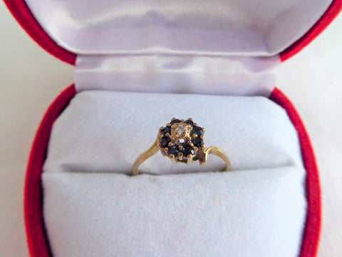 Estate Ring Diamond Sapphires English Size 6 Ring Cluster Halo 9kt Gold 1940s