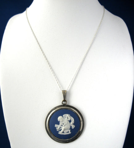 Wedgwood Jasperware Necklace Dark Blue And White Cupid Bow Silver Chain 1950s