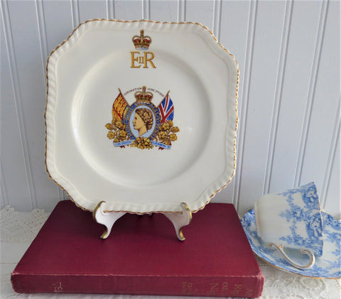 Plate Coronation Queen Elizabeth II England Ironstone 1953 Johnson Brothers 7.5 Inch
