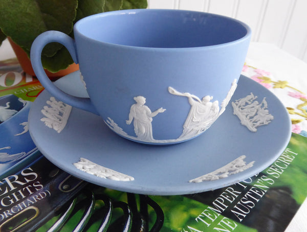 Wedgwood Jasperware Cup and Saucer Sacrifice Figures 1959 Cherubs