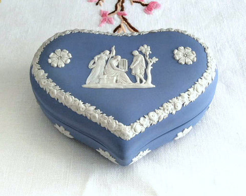 Wedgwood Jasper Heart Shape Lidded Box Group With Cage 1960s