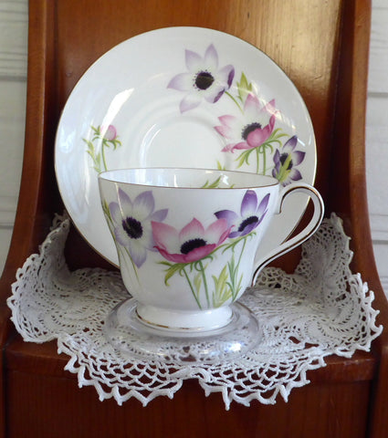 Shelley China Teacup And Saucer Windsor Anemone England 1960s
