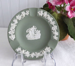 Wedgwood Green Jasperware England Ashtray Cupid Asleep English Tobacciana 1963