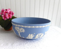 Wedgwood England Large Bowl Blue Jasperware 8 Inch 1969 Sacrifice Figures