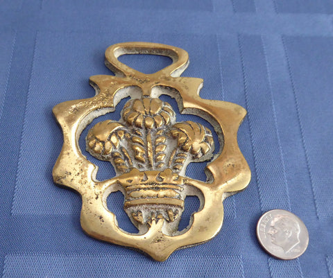 Prince Of Wales Plumes Horse Brass Charles 1969 Royal Souvenir