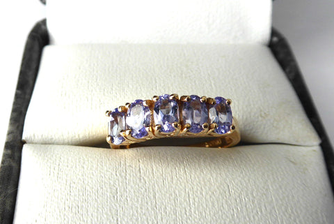 Ladies Ring 10kt Gold Genuine Vintage 5 Stone Tanzanite 1970s Estate 10k