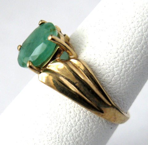 Emerald Genuine Oval 1.25 Carat Emerald 10k Gold 1970s Estate May Birthstone