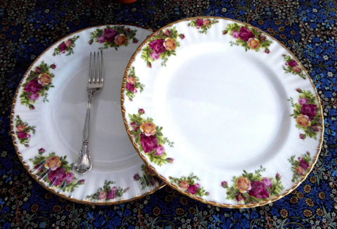 Pair Royal Albert Old Country Roses Dinner Plates 1970s Made In England