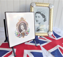 Queen Elizabeth II Silver Jubilee Tile Napkin Holder 1977 Original Letter Holder
