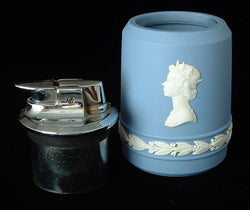 Ronson Wedgwood Blue Jasperware Lighter Queen Elizabeth II Jubilee 1977 Table Lighter