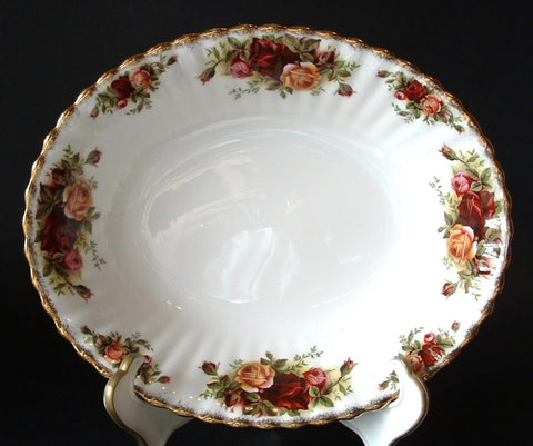 English Royal Albert Old Country Roses Serving Bowl 1980s Oval Vegetable