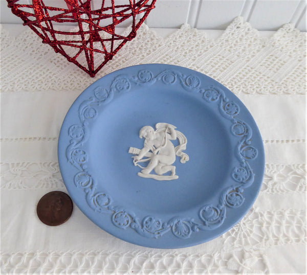 Dish Wedgwood Blue Jasper Jasperware Dish Cupid Stringing His Bow 1980 Small Plate
