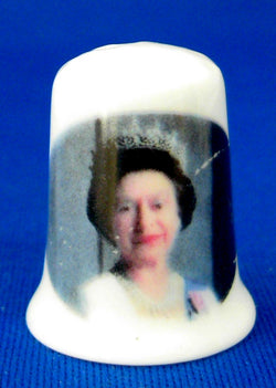 Queen Elizabeth II Thimble Bone China With Crown Photo 2002 Golden Jubilee