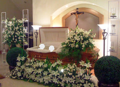"""Light & Love"" Decoration Package (Casket & Spray)"