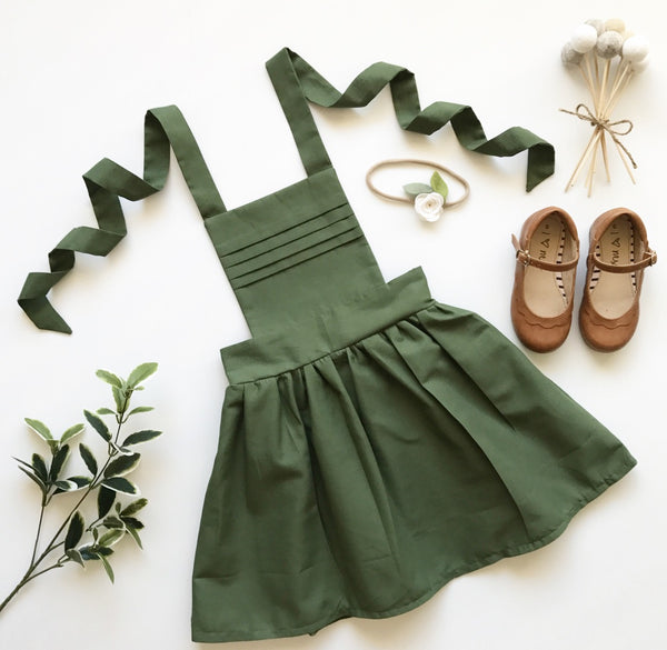 Pleated Pinny in Sage