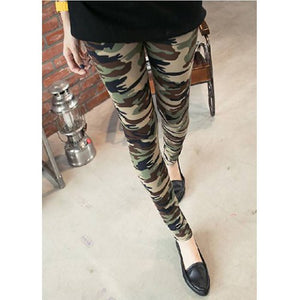 Slimming Camouflage Pattern Women's Leggings - Camo One Size