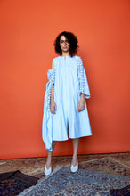 Blue buttoned sleeves dress