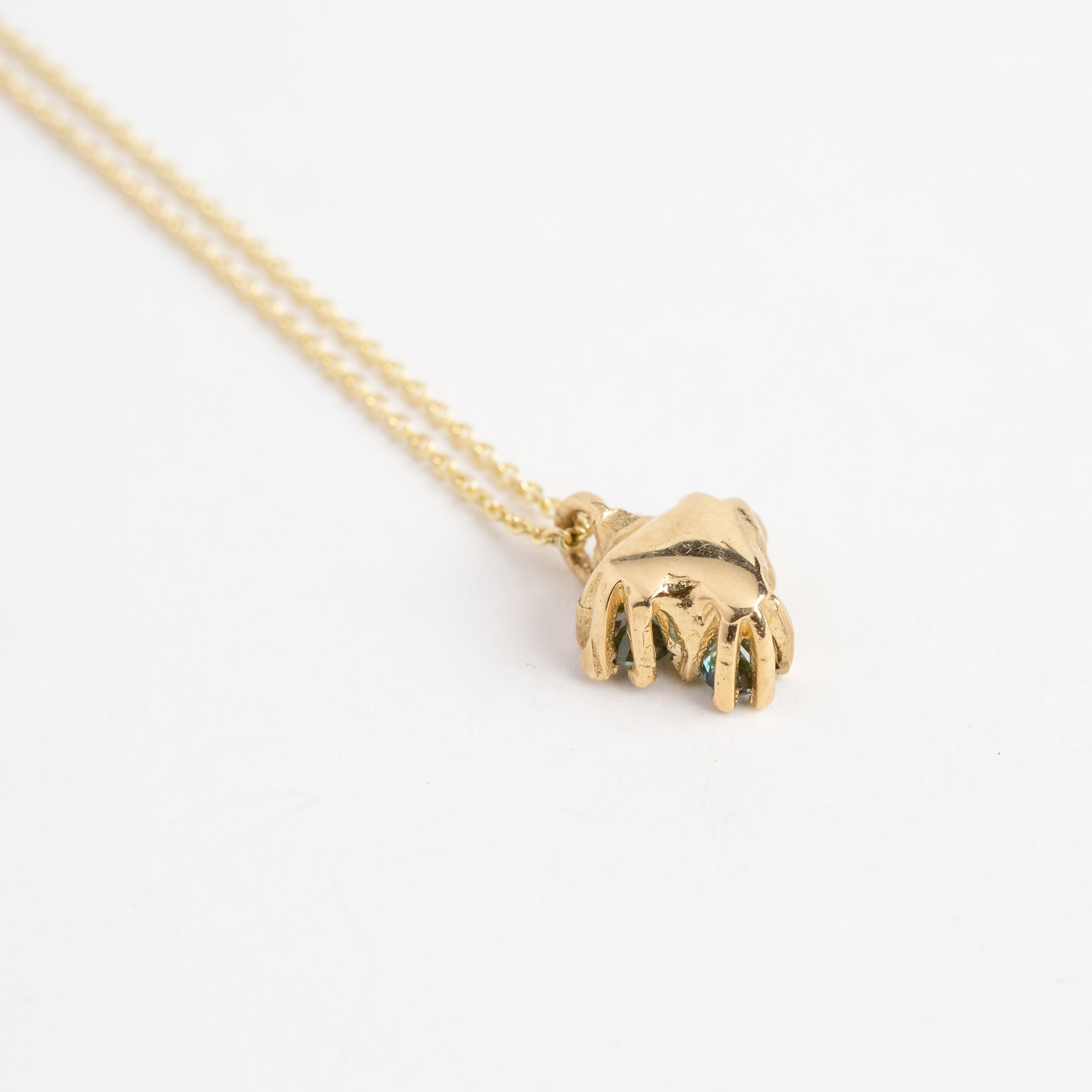 ethically sourced australian sapphire pendant necklace in 9ct yellow gold, with 9ct yellow gold chain, bespoke custom handmade