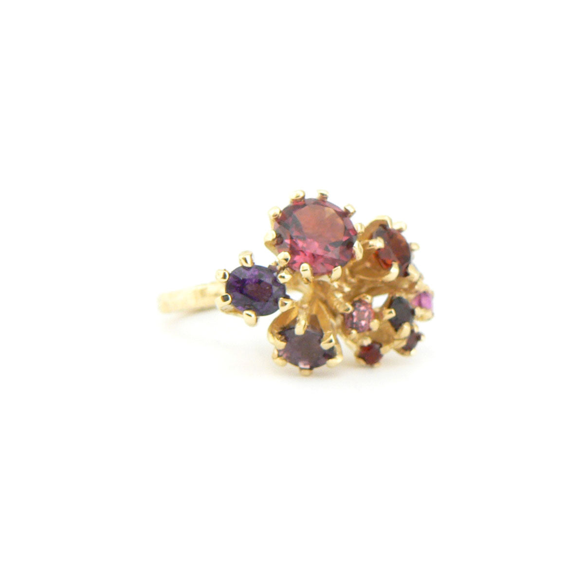 yellow gold and garnet cluster ring