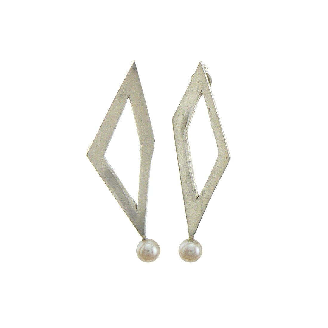 silver diamond shaped earring with pearls attached, Custom bespoke handmade jewellery.
