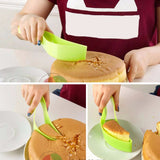 Easy No Mess Cake Slicer