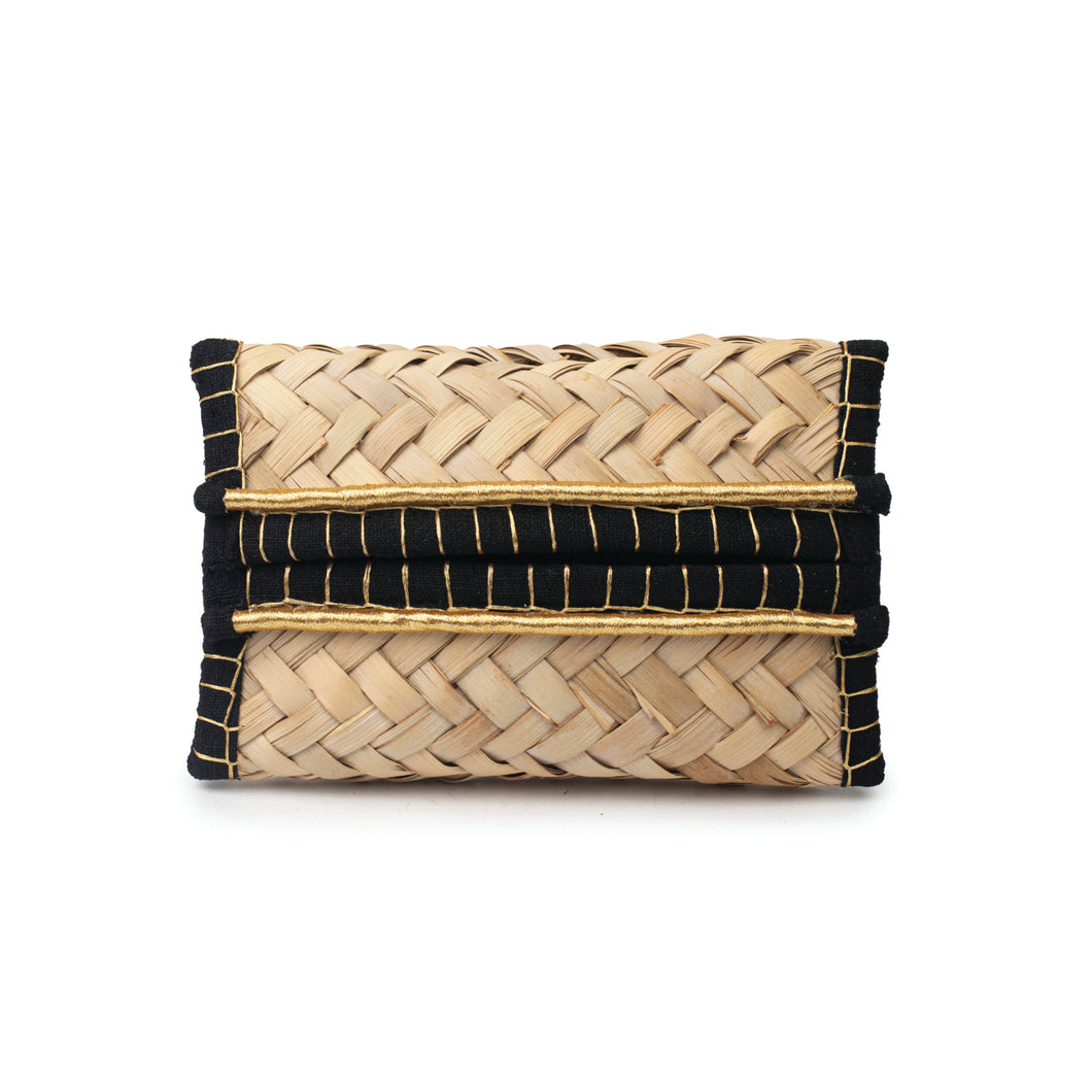 Front view of a hand-woven palm frond tissue box, decorated with a thin Saudi Iqal (traditional men's headwear)