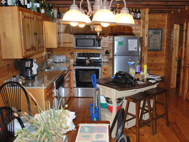 log home int kitchen before2