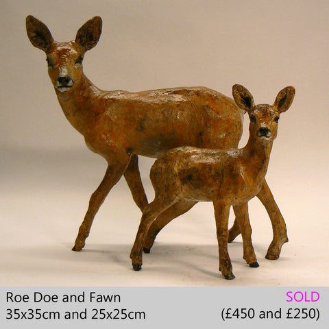 roe deer doe and fawn sculpture