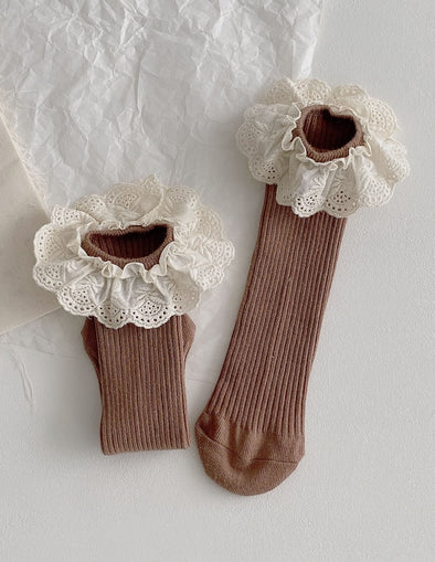Ruffle Lace Socks | Brown