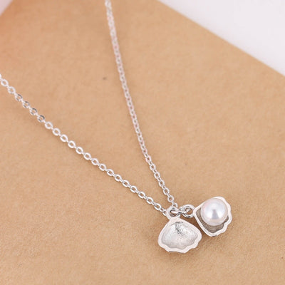 Sterling Silver Imitation Pearls Shell Pendant Necklace