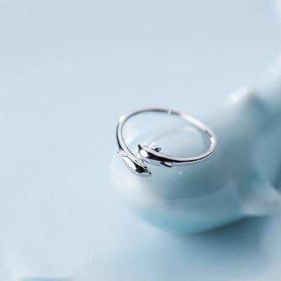 ADJUSTABLE DOUBLE DOLPHN RING