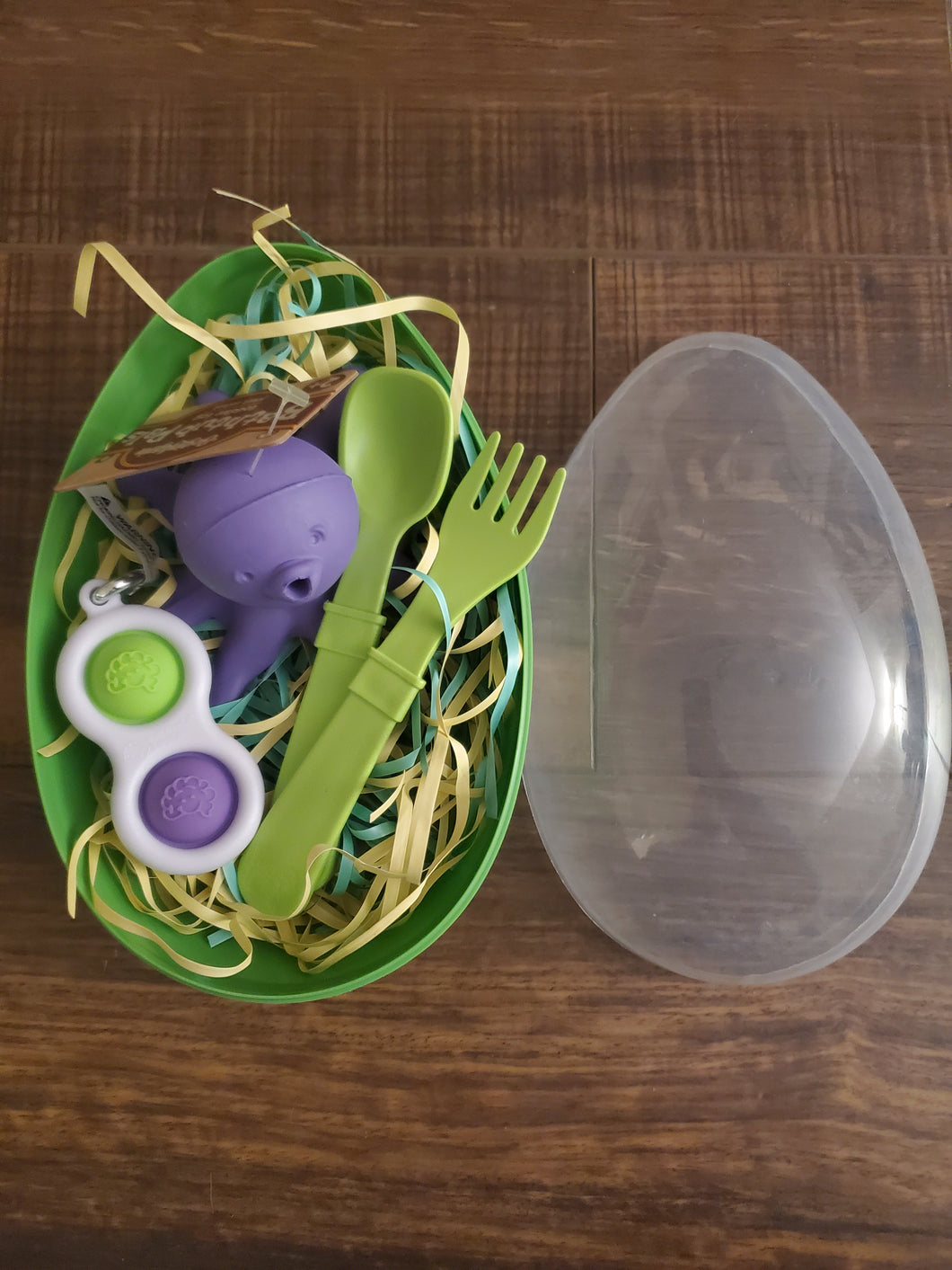 Easter Egg Green With Octopus, Fork And Spoon, and Key Chain