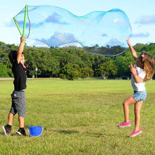 WOWmazing Giant Bubble Kit: Big Bubble Wands & Concentrate!