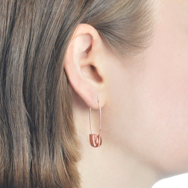 14K ROSE GOLD SAFETY PIN EARRING