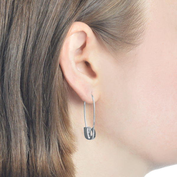 14K WHITE GOLD SAFETY PIN EARRING