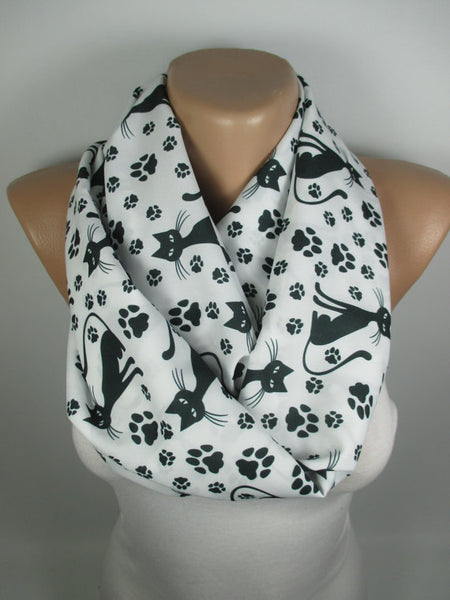 New Infinity Cat Scarf For Cat Lovers.