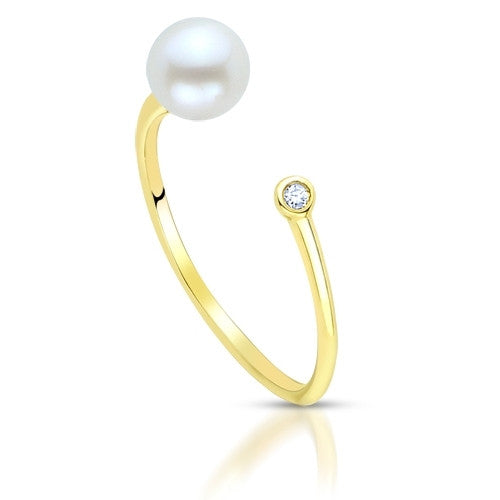 *In Stock!* Yellow Gold Pearl & Diamond Ring