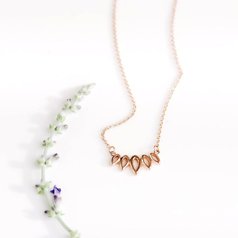 *In Stock!* Nature Inspired Leaf Necklace