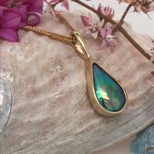 Load image into Gallery viewer, Tui TearDrop Pendant