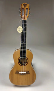 Sound Smith Solid-body Cedar/solid Hawaiian Koa Ukulele - SOUND SMITH  Ukulele - Solid cedar and koa ukulele - slotted headstock - tenor ukulele - concert ukulele