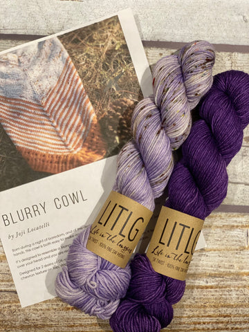 Blurry Cowl Kit 15:  Life in the Long Grass Twist DK French Lavender/Ultra