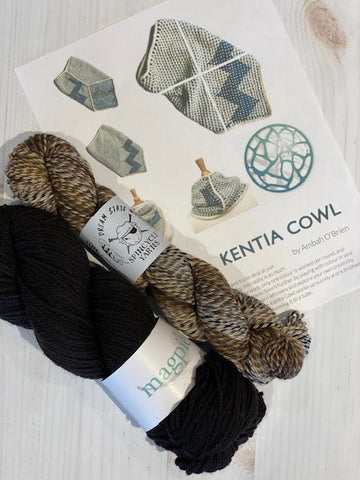 Kentia Cowl Kit 11:  Magpie Fibers Nest Worsted Midnight Sky/Spincycle Dream State Stay Ready