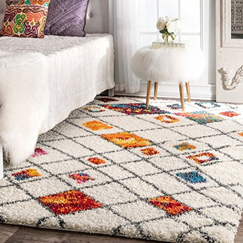 Cozy Soft and Plush Moroccan Trellis Diamond Expo Shag Area Rug